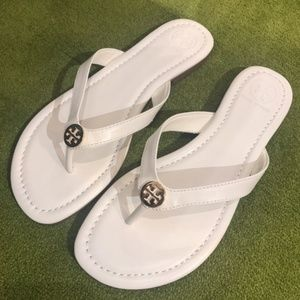 Tory Burch Pearce White Leather Thong Sandals